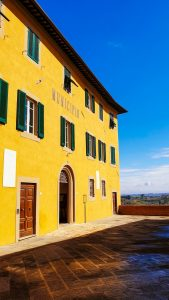 Mairie de Lari en Toscane