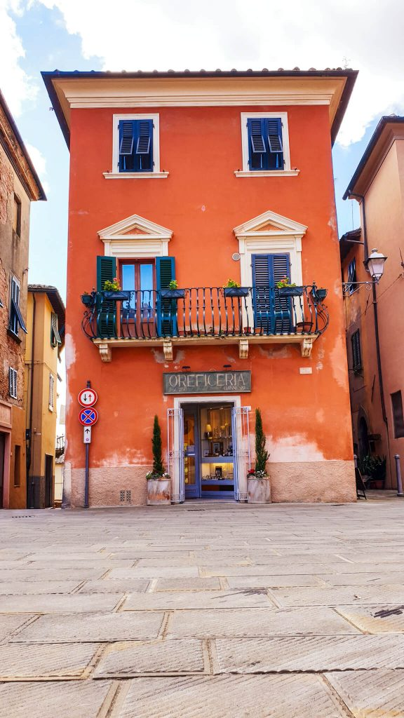 Visiter Lari en Valdera Toscane
