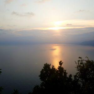 tramonto sul mare in liguria