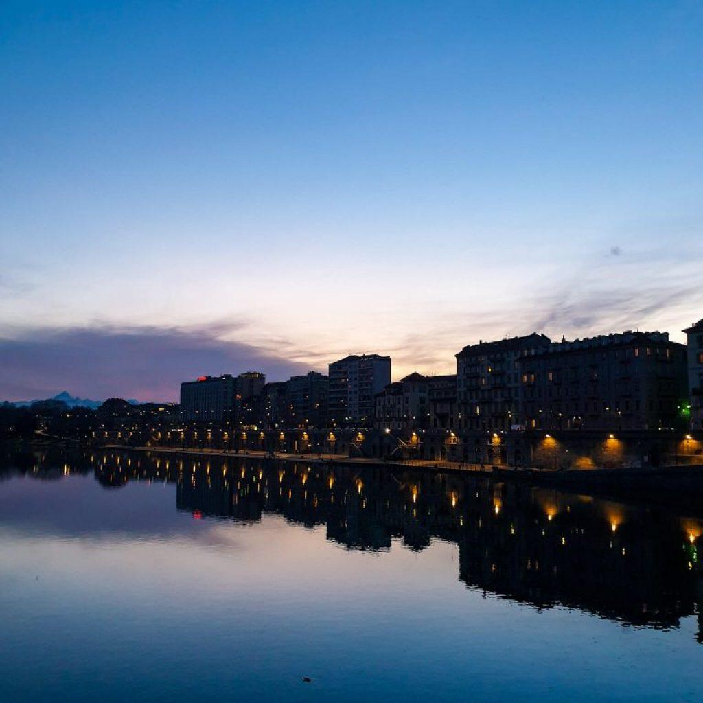 Coucher de soleil sur le Po a Turin