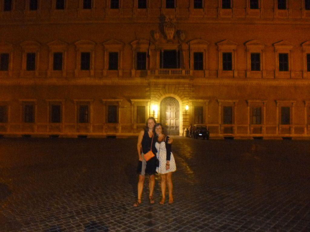 Ambasciata di Francia by night