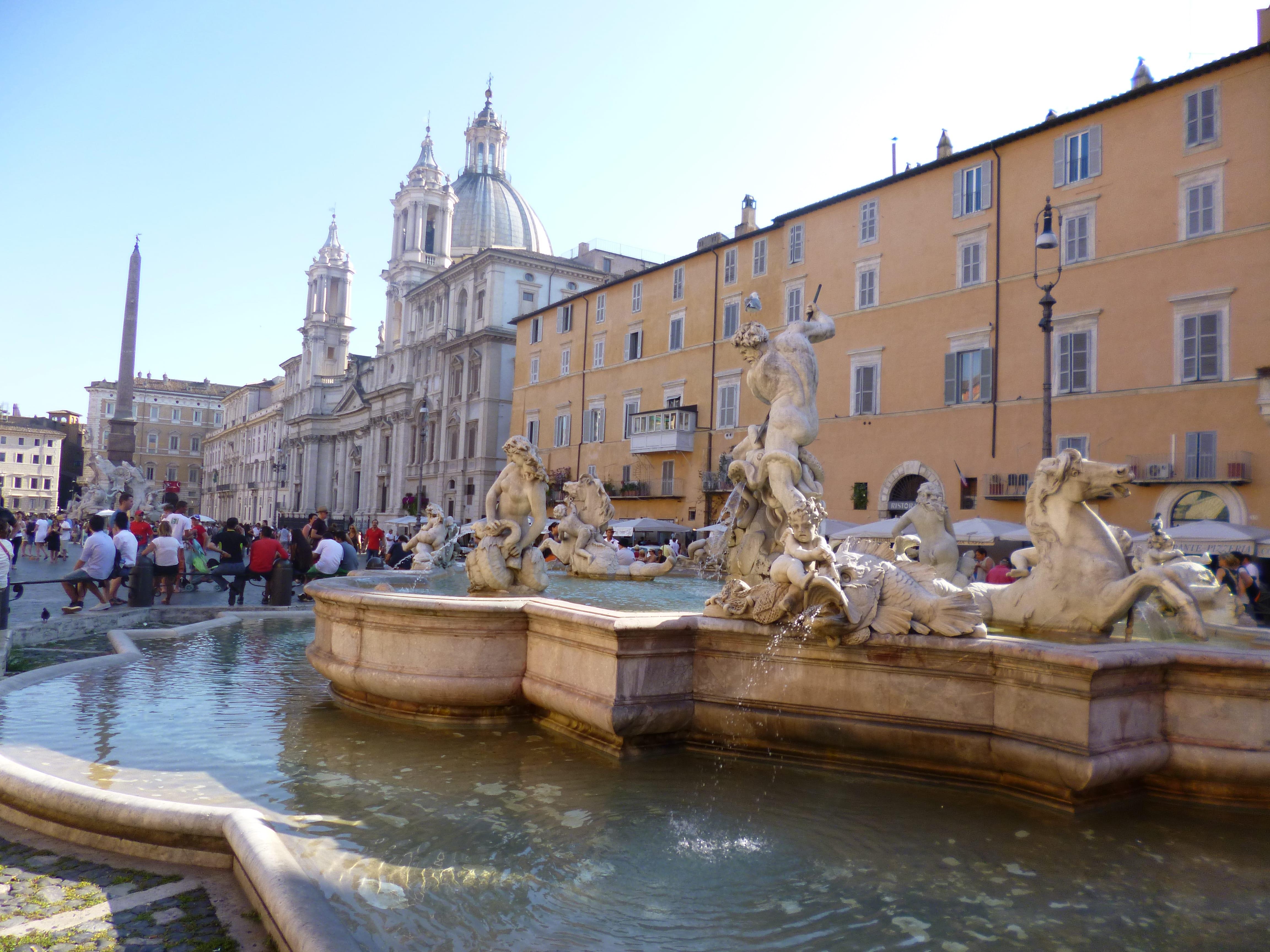 Piazza Navona Rome en été