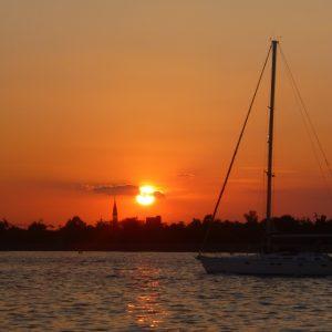 tramonto su venezia dal lido