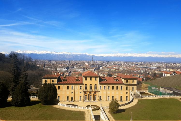 villa della regina e vista sugli Alpi torino